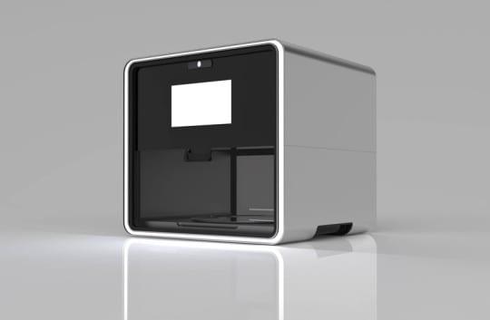foodini-3D-prints-a-pizza-designboom-01
