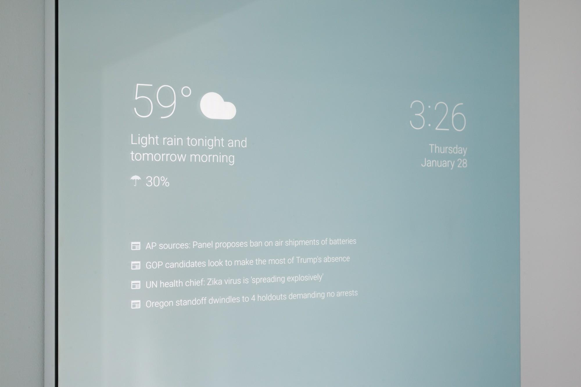 Spiegel Voor Badkamer : Google medewerker maakt slimme spiegel voor badkamer