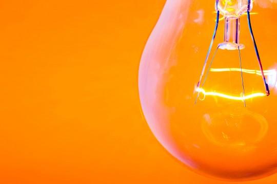 gloeilamp-oranje