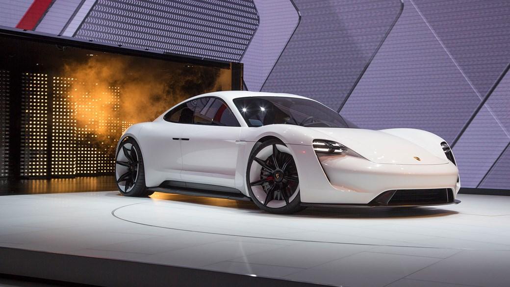 Eerste Volledig Elektrische Porsche Verschijnt In 2019 Op De Markt