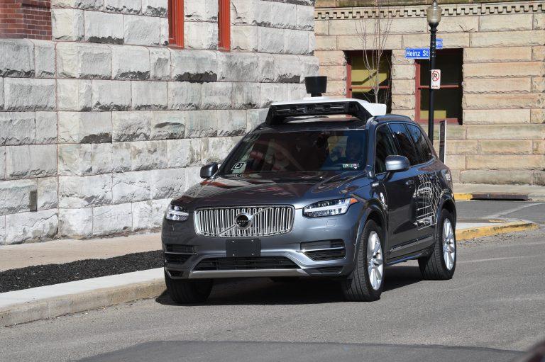 Uber-Volvo_XC90
