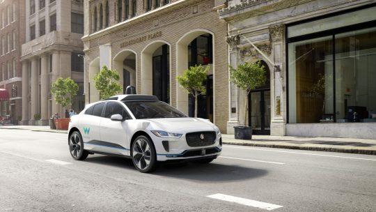 Jaguar en Waymo-autonome-auto