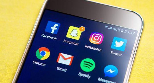 Facebook, Snapchat, Instagram, Twitter