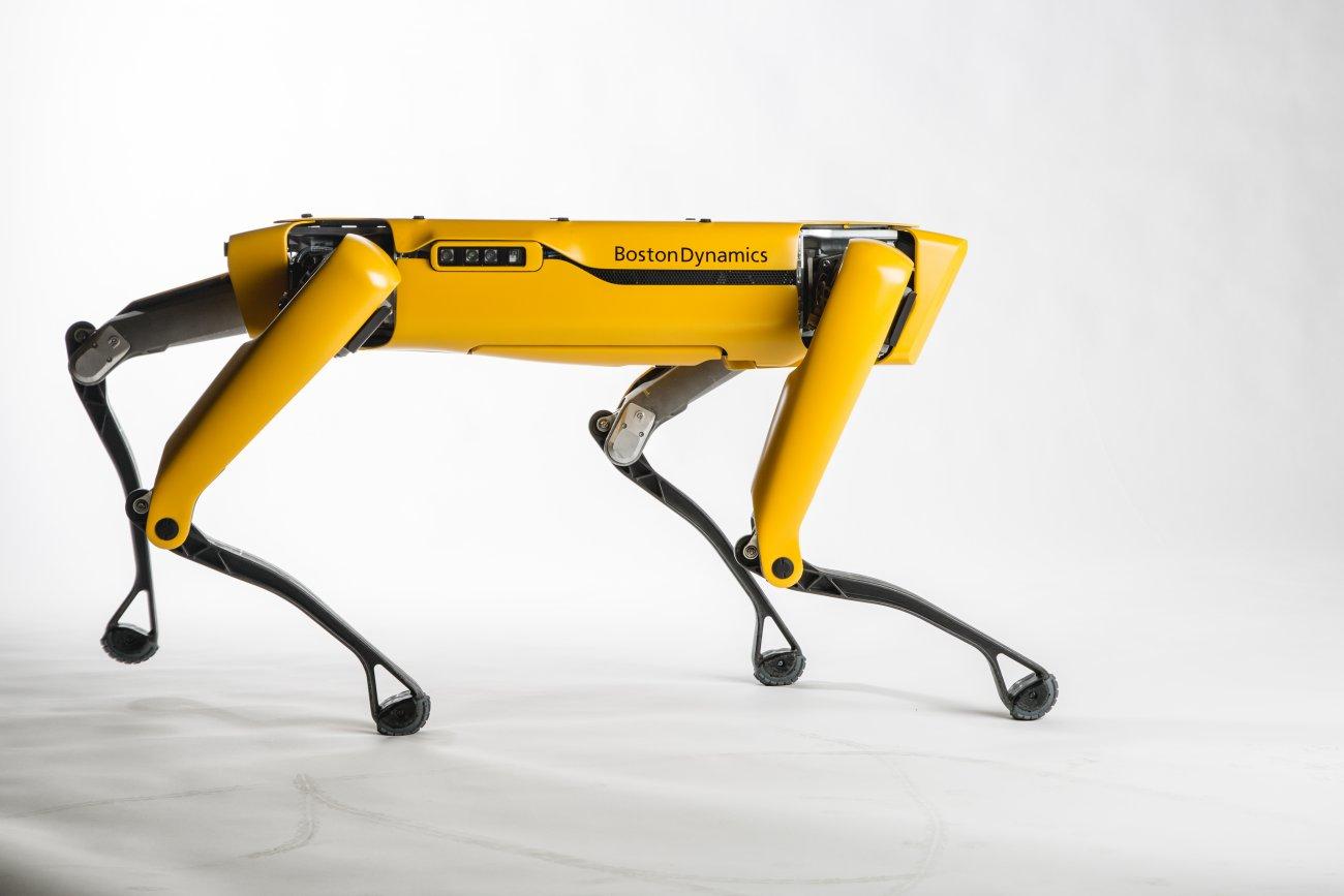 Boston-Dynamics-SpotMini