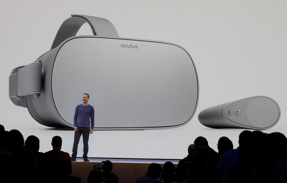 Oculus-Go-Mark-Zuckerberg-Facebook-F8