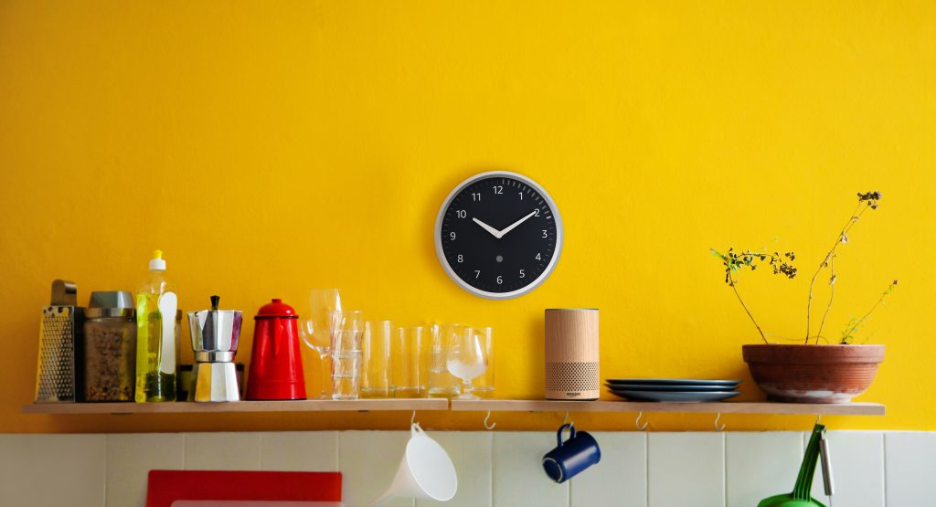 Echo-Wall-Clock