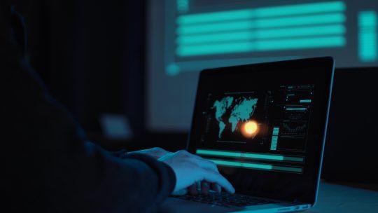 Cyberoorlog, hack