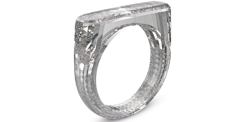 Jony-Ive-diamenten-ring