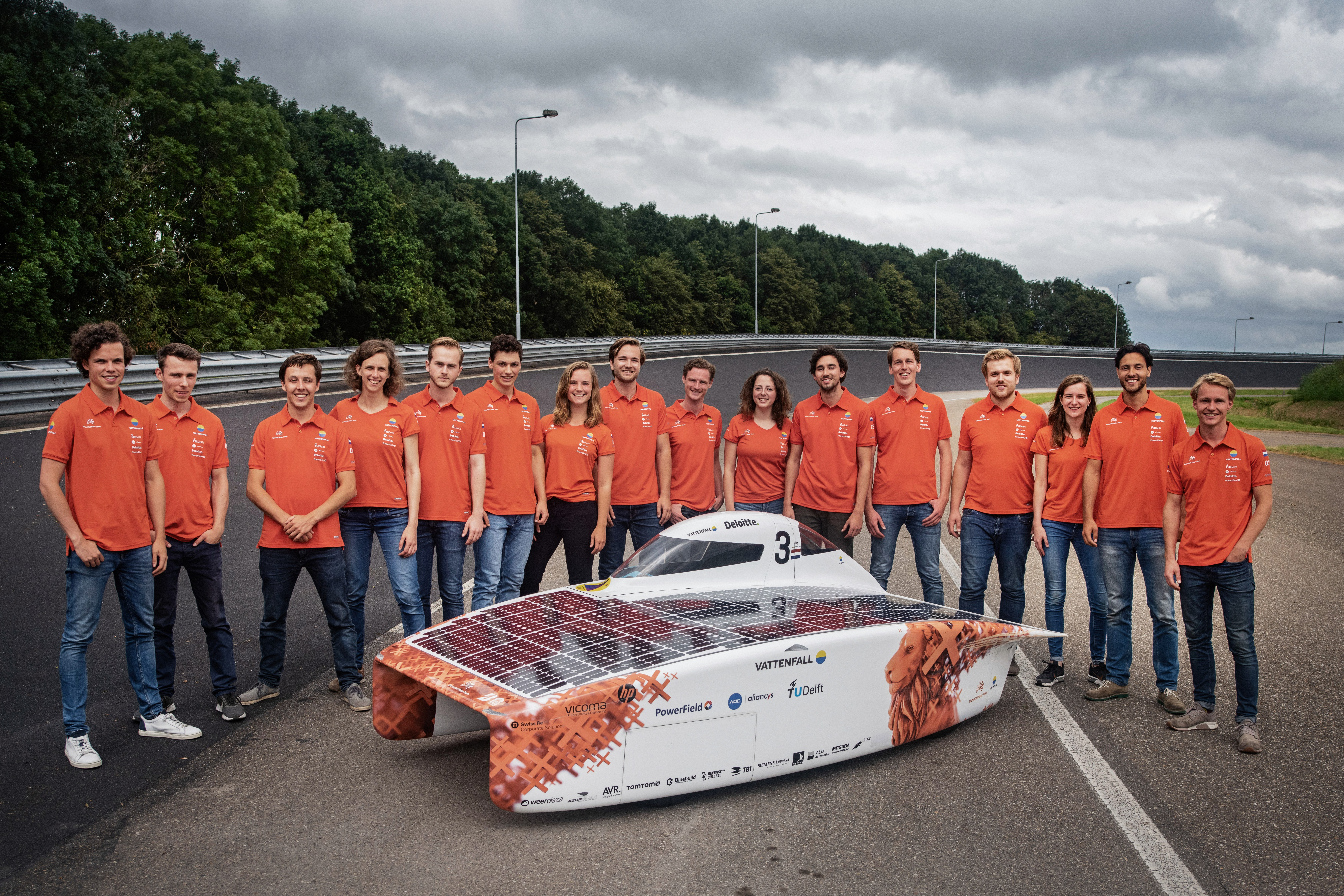 Vattenfall Solar Team, zonneauto, NunaX, TU Delft