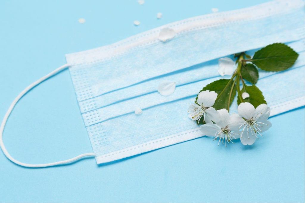 mondkapjes met bloemzaden